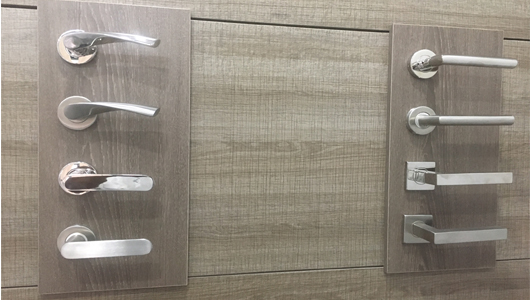 Showroom images Door Handles Dayoris 530 x 300.jpg